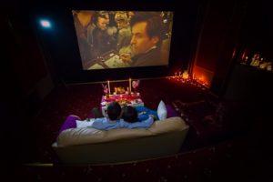 свидание в кино